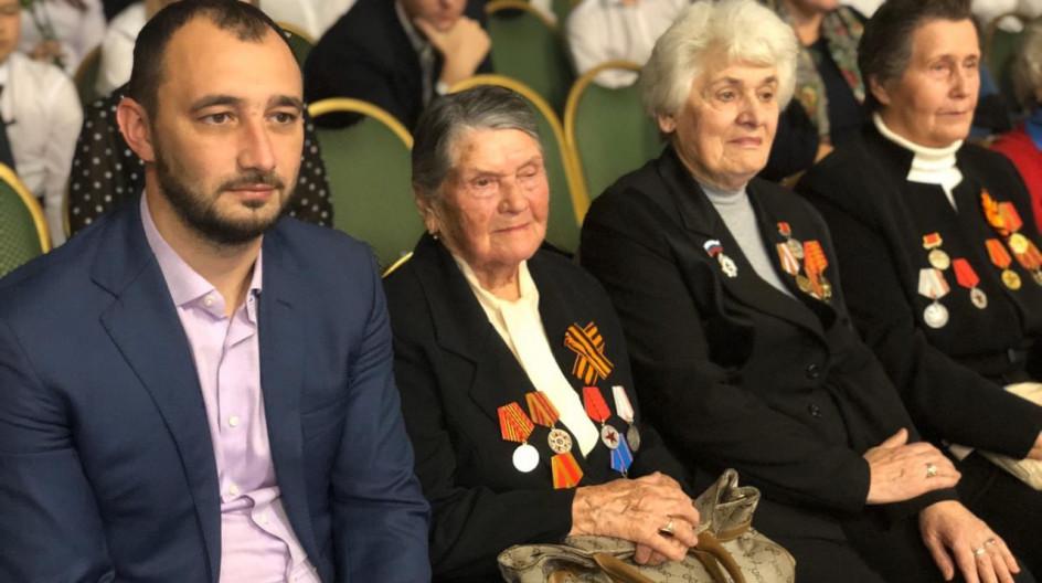 В Лесногородской школе торжественно отпраздновали прибытие символов эстафеты «Салют Победе!»